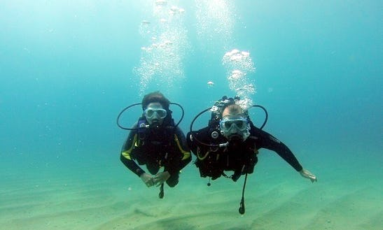 Discover Scuba Diving In Tossa De Mar