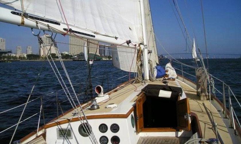 Awesome 4539 Sloop Charter In Panama City Panama  GetMyBoat