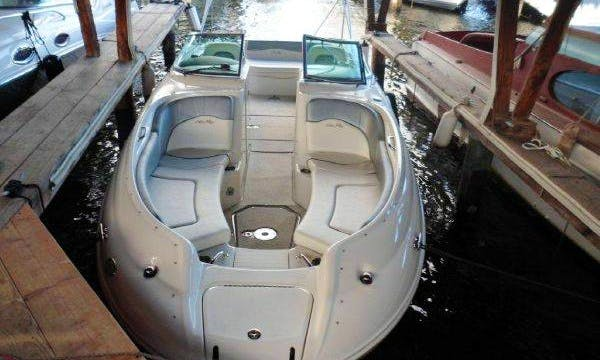 26' Deck Boat Charter in Chicago, Illinois