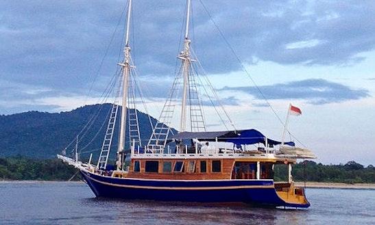 Gulet Charter In Denpasar Barat