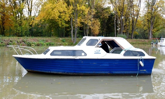 Houseboat Rental In Straznice, Czech Republic