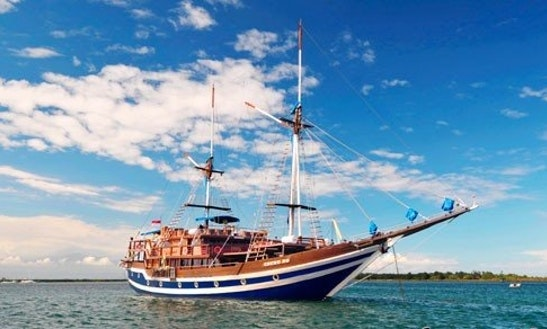 Cheng Ho Charter In Pulo Gadung
