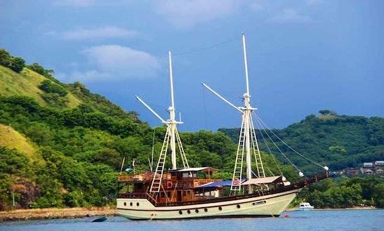 Felicia Plataran Charter In Pulo Gadung