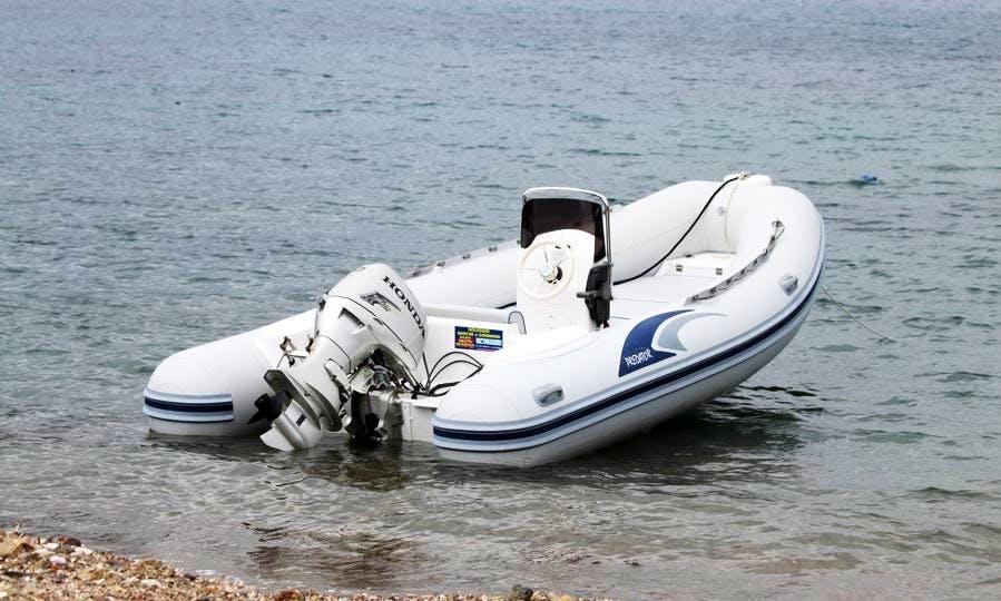 Predator 490 Powerboat Rental in Campo, Italy