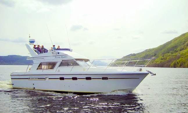 Nessie Hunter cruise in Drumnadrochit