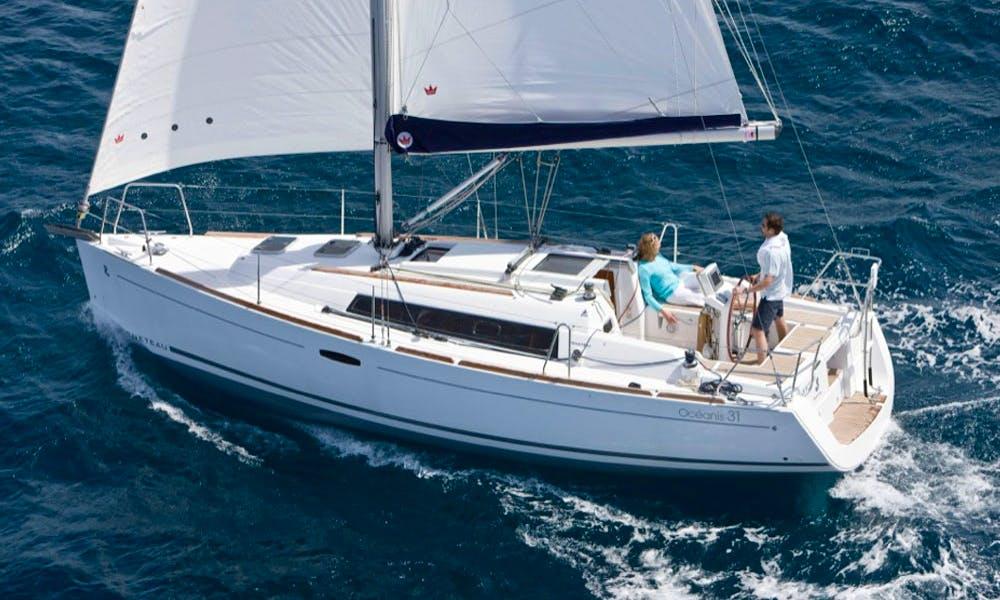 Charter Oceanis Clipper 423 Cruising Monohull in Procida, Italy