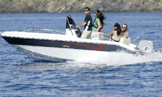 Gran Turismo 510 Deck Boat Rental In La Rochelle, France