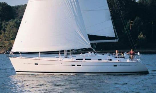 Beneteau Oceanis 423 Cruising Monohull Charter In Catania Sicilia, Italy