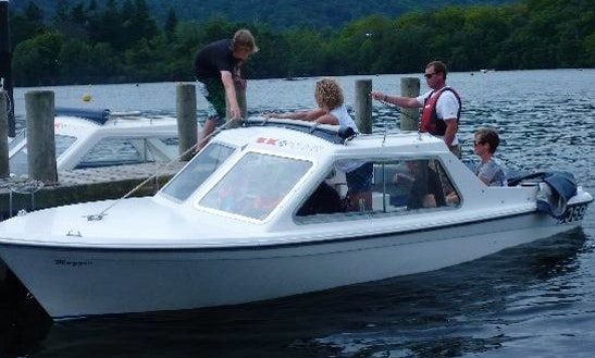 Electric Boat Hire In Bowness-on-windermere