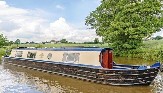 Hire 45' Canal Boat