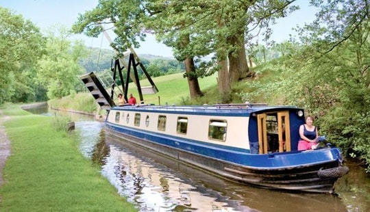 Hire 65' Canal Boat