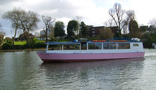 Passenger Boat Hire In Shepperton