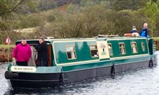 Canal Boat Rental In Falkirk, United Kingdom