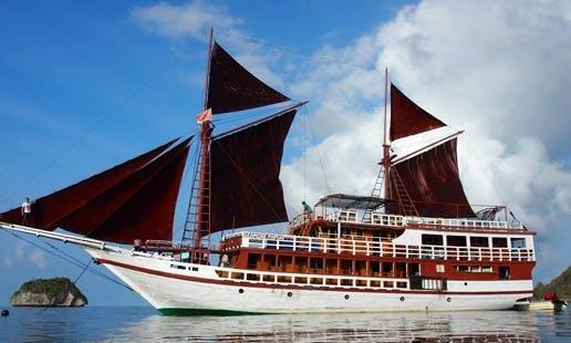 Diving in Raja Ampat Indonesia