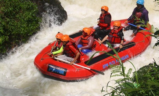 Rafting Trips In Rawalumbu