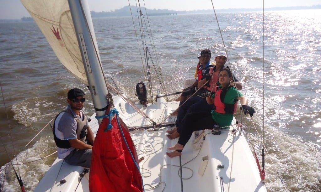 Learn to Sail Course at Gateway of India, Mumbai