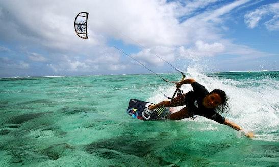 Kiteboarding Lesson In Bol