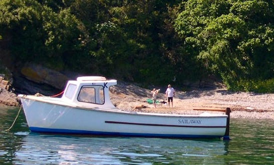 18' Pilot Motor Boat Hire In England