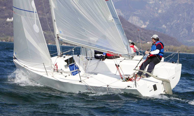Rent 22' H22 Daysailer Boat In Domaso, Italy