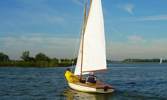 Hire 19' Sailboat In Buitenkaag