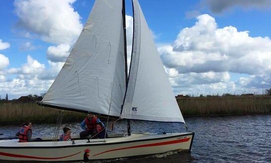 Polyvalk Sailboat Rental In Workum