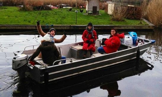 Rent A Standard Boat In Aalsmeer