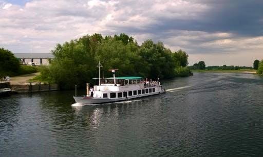 """Domani"" Passenger Boat Charter in Kerkdriel"