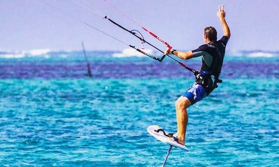 Kiteboarding In Pointe D'esny, Mauritius