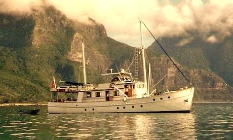 72' Fishing Charter in Shute Harbour
