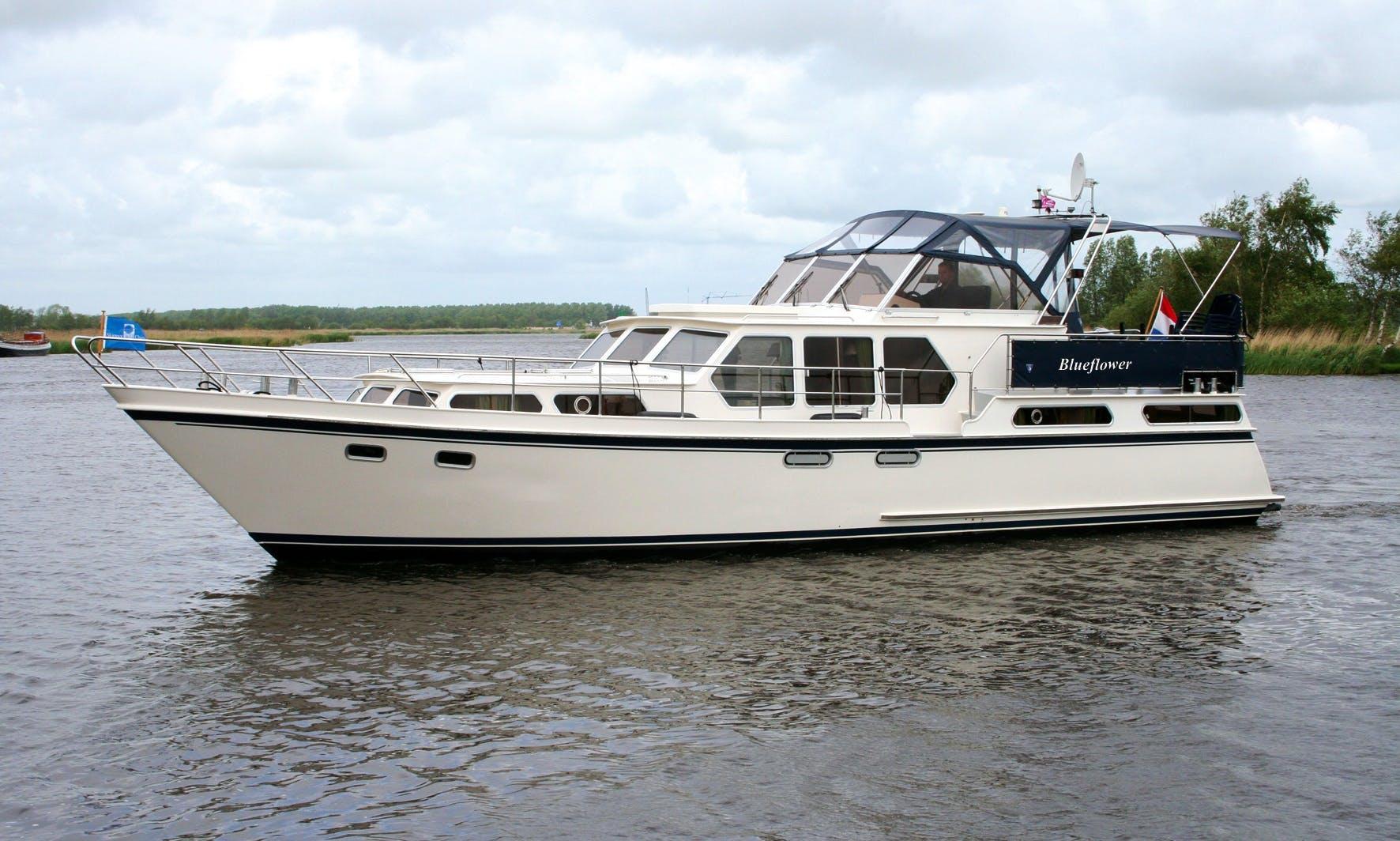 44' Valkkruiser 1350 Motor Yacht Charter in Drachten, Netherlands