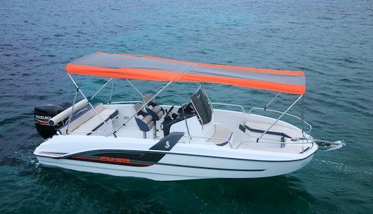 Rent The Beneteau Flyer 6.6 Spacedeck Boat In Barcelona, Spain