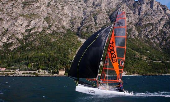 Topper Topaz 16 Beach Catamaran Rental And Courses In Malcesine