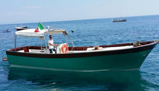 """romeo & Giulietta"" Cruising In Praiano & Positano, Italy"