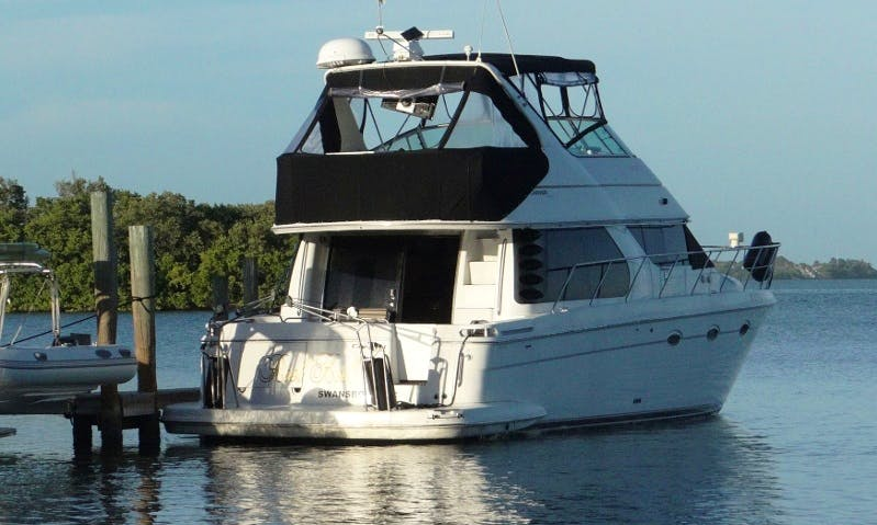 "45ft Carver Voyager Pilothouse ""Reel keel"" Yacht Charter in  Englewood, Florida"