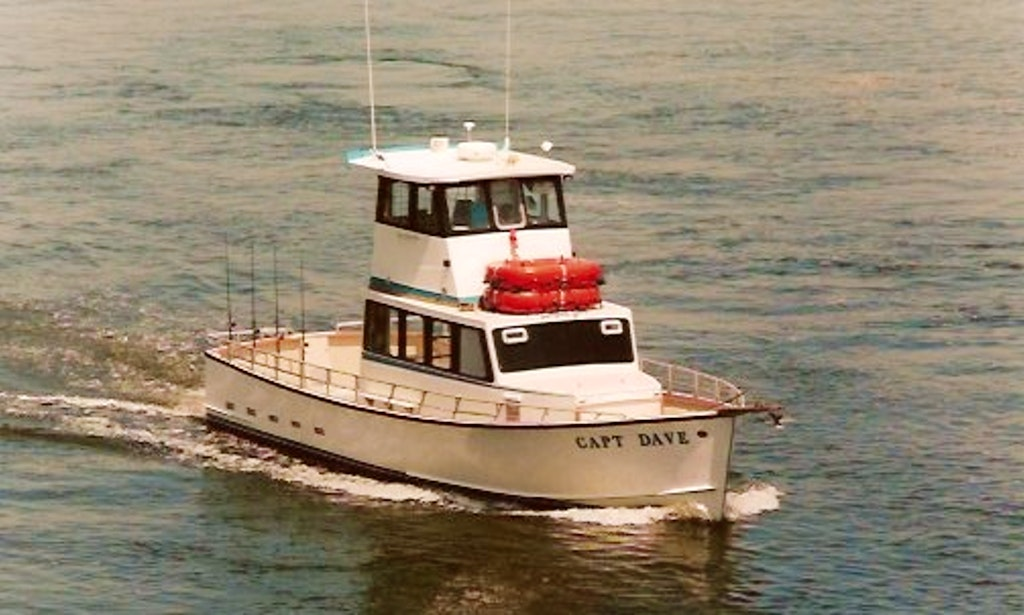 50ft cuddy cabin fishing boat in highlands new jersey for Charter boat fishing nj