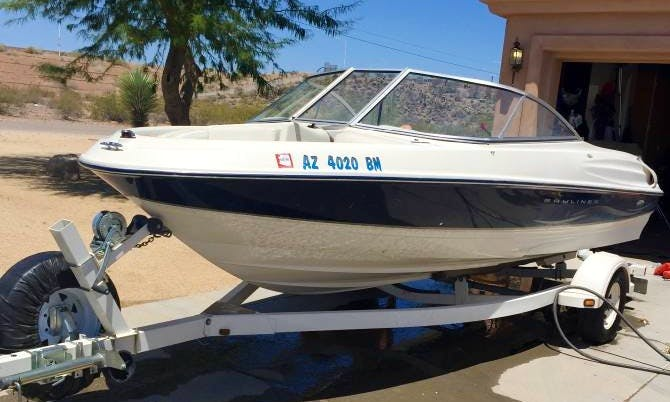 18ft Bayliner. Lake Pleasant Parkway and 87th Ave