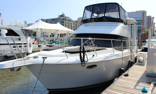 Captained Motor Yacht For Rent In Alexandria