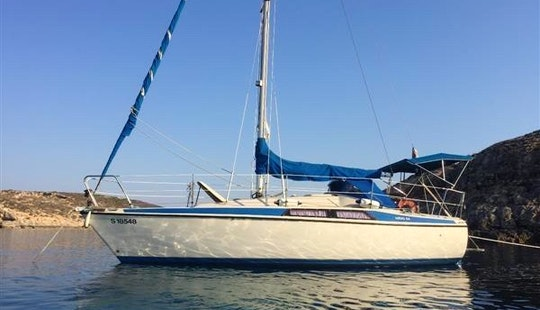 Maxi 8.4 Cruising Monohull For Rent In Pieta