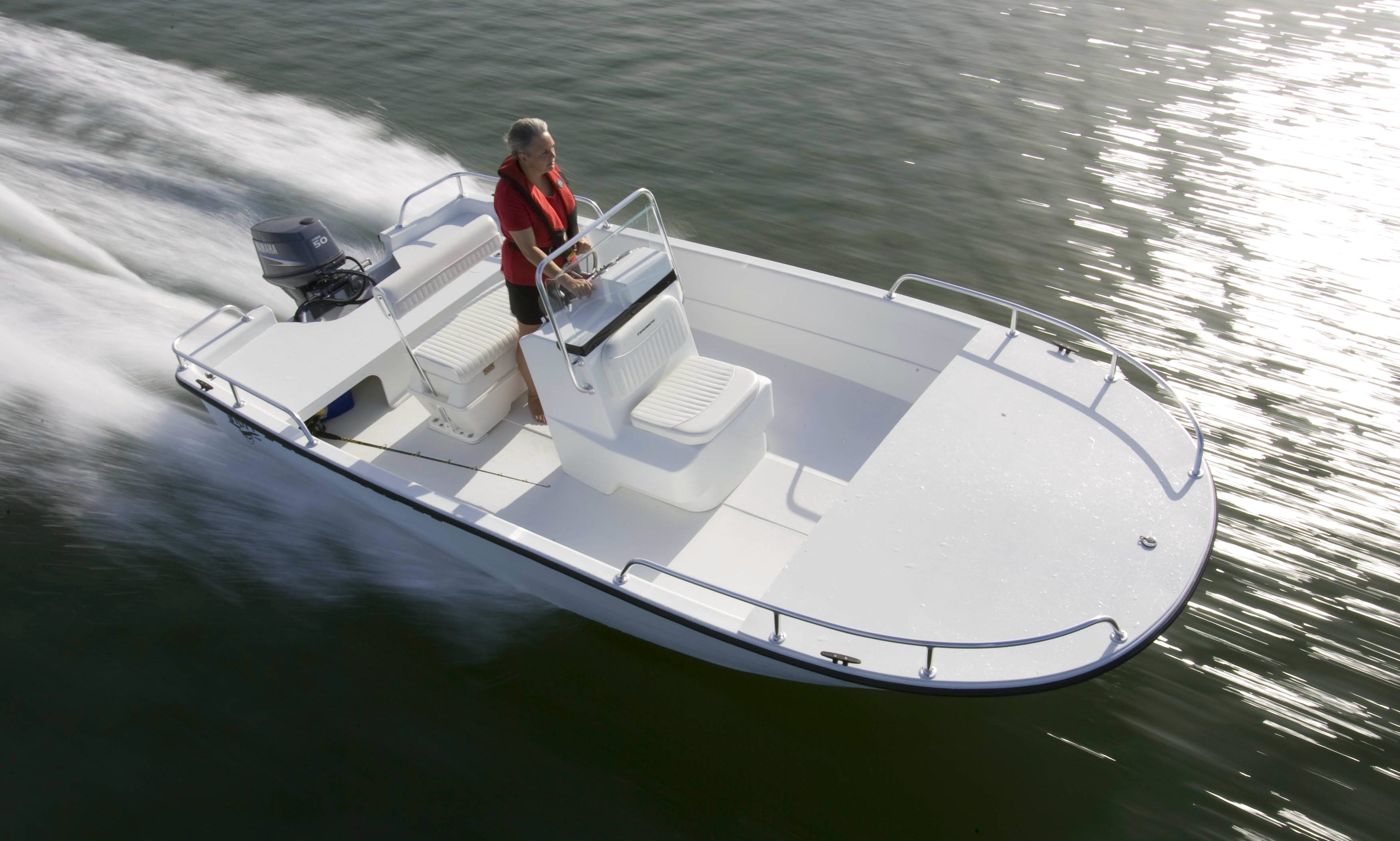 Rent 17' Center Console in Water Street, Guilford