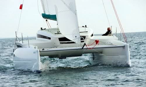Cruise Gulf of Saint-Tropez on Edel 33 Catamaran with or without a Skipper