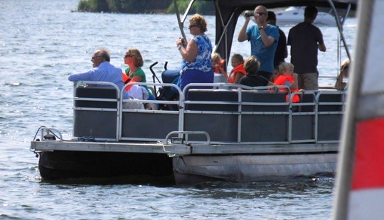 Pontoon Boat Hire In Zeewolde