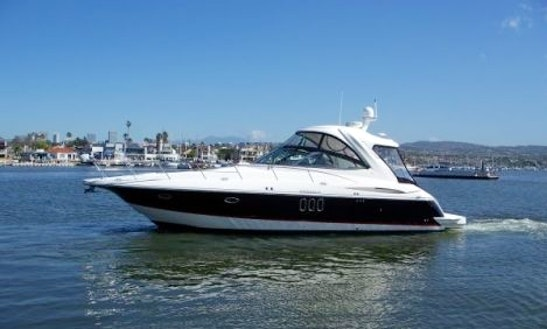 Charter 42' Luxury Cruiser Motor Yacht In Leander, Texas