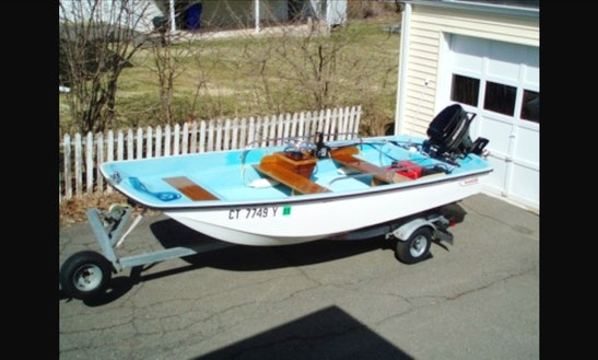 Rent 13ft Boston Whaler Center Console In Fort Lauderdale