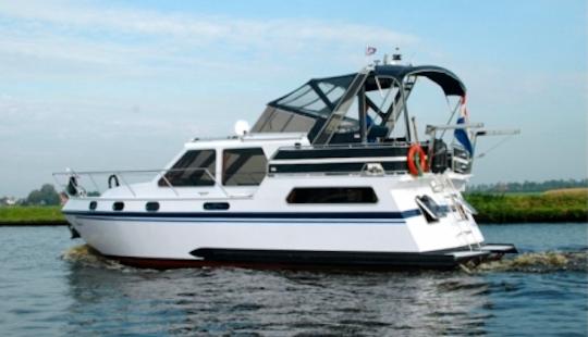 Charter 32' Castor 2 Motor Yacht In Friesland, Netherlands
