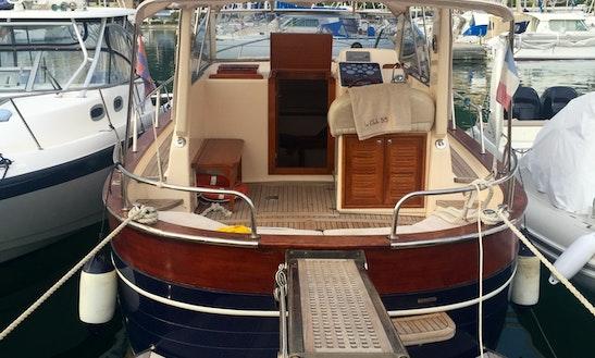 Inboard Propulsion Rental In Menton