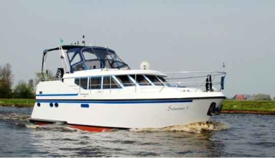 Charter 37' Saturnus 1 Motor Yacht In Friesland, Netherlands