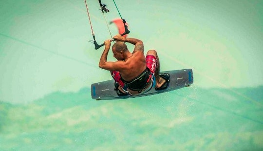 Discover Kiteboarding In Boracay, Philippines