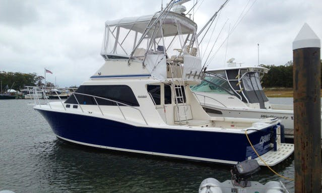 "35ft ""Adria J"" Cabo Flybridge Sportfisherman Boat Charter in Newburyport, Massachusetts"