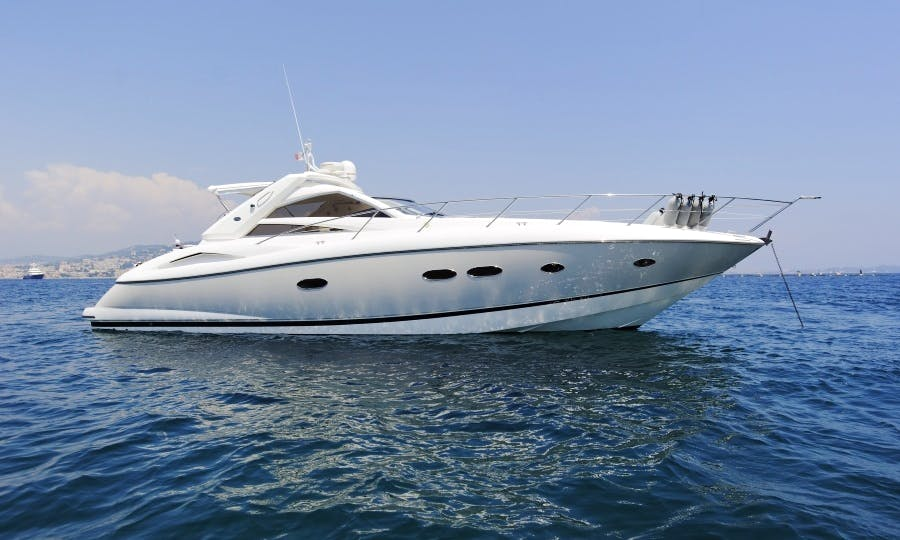 60ft Sunseeker Majestic Power Yacht in Quarteira, Portugal