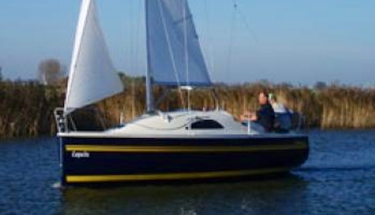 Rent 23' Magnum Cruising Monohull And Sail In Woudsend, Netherlands